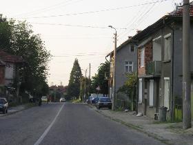 Barzia main street